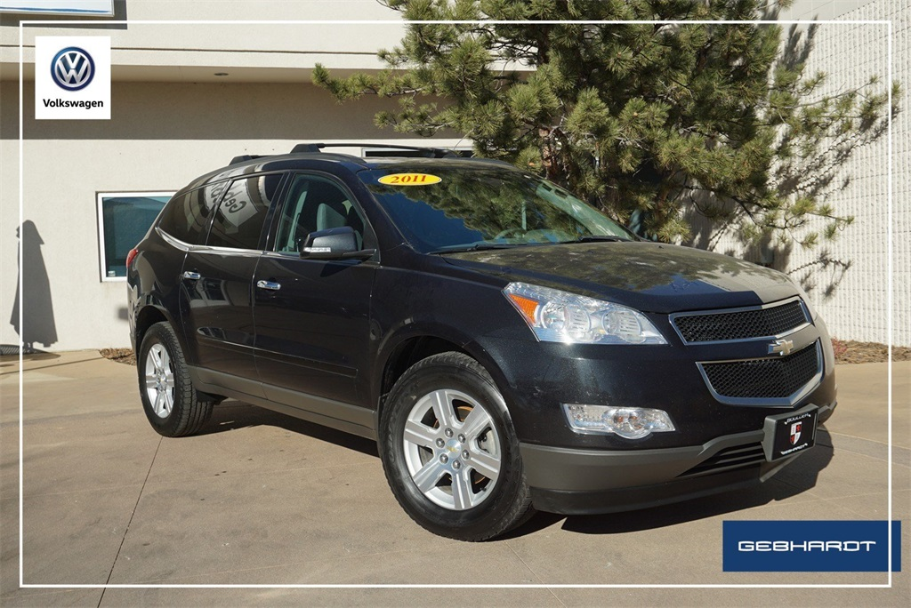 Pre-Owned 2011 Chevrolet Traverse 2LT